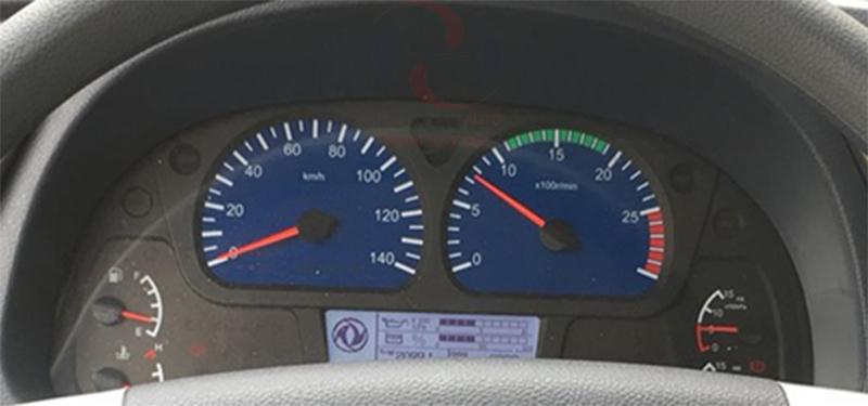 Đồng hồ táp lô xe tải Dongfeng 9 tấn