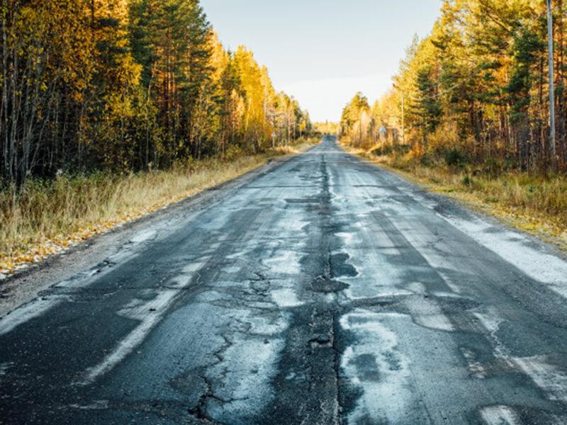 Điều kiện đường xá ảnh hưởng rất lớn đến tuổi thọ lốp xe