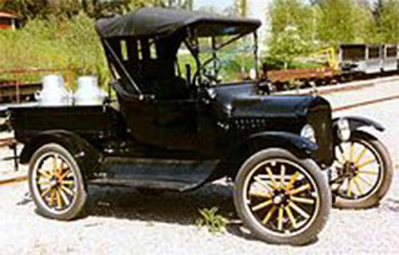 1922 Ford Model T- một trong những chiếc xe bán tải đầu tiên