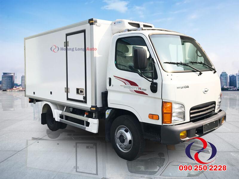 Hyundai 2 tấn thùng đông lạnh