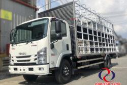 Xe tải Isuzu chở xe máy